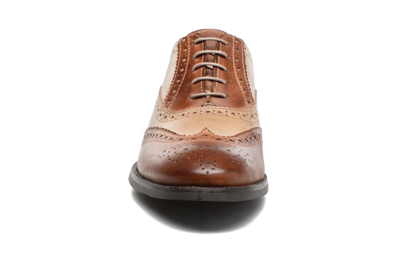 Chaussures à lacets Marvin&Co Noylow Marron vue portées chaussures