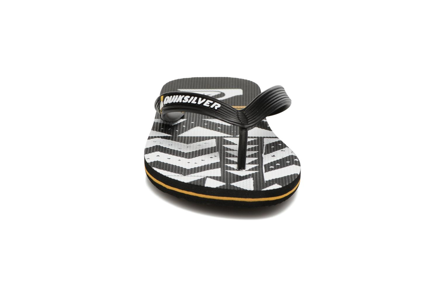 Molosla B Black/white/orange
