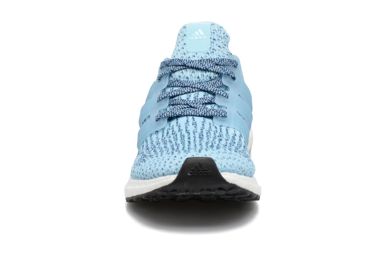 Chaussures de sport Adidas Performance UltraBOOST w Bleu vue portées chaussures