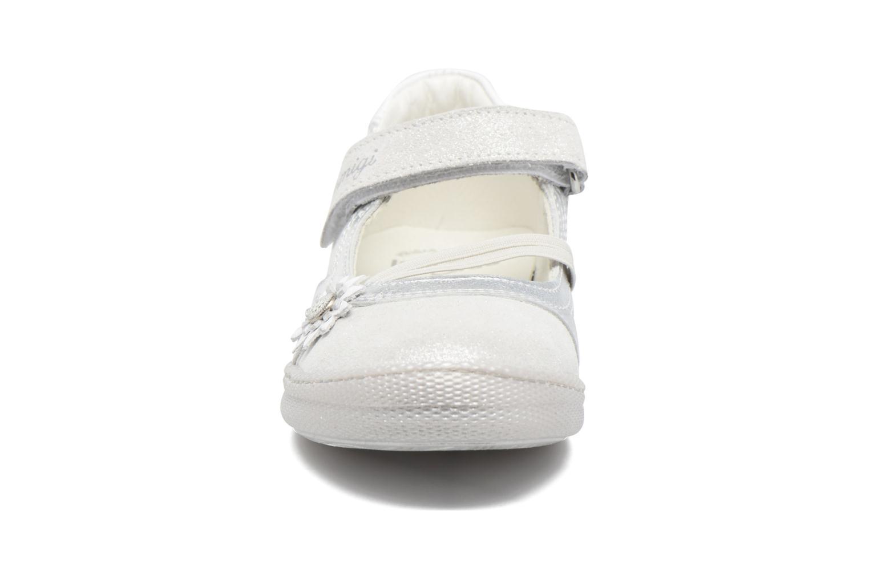 Ballerines Primigi Iris Argent vue portées chaussures