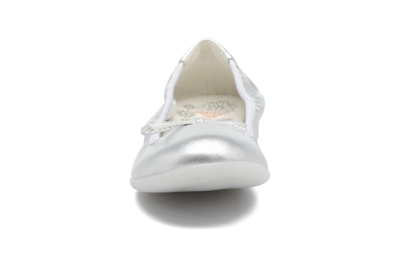 Ballerines Primigi Giulia Argent vue portées chaussures