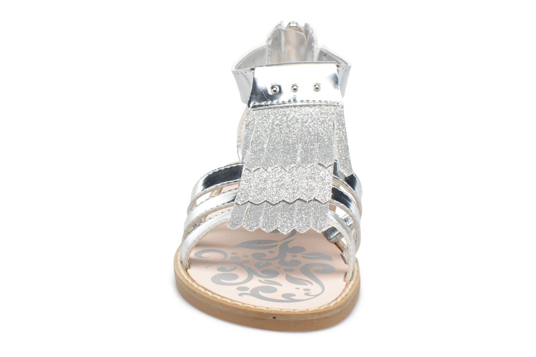 Sandales et nu-pieds Primigi Vittoria Argent vue portées chaussures