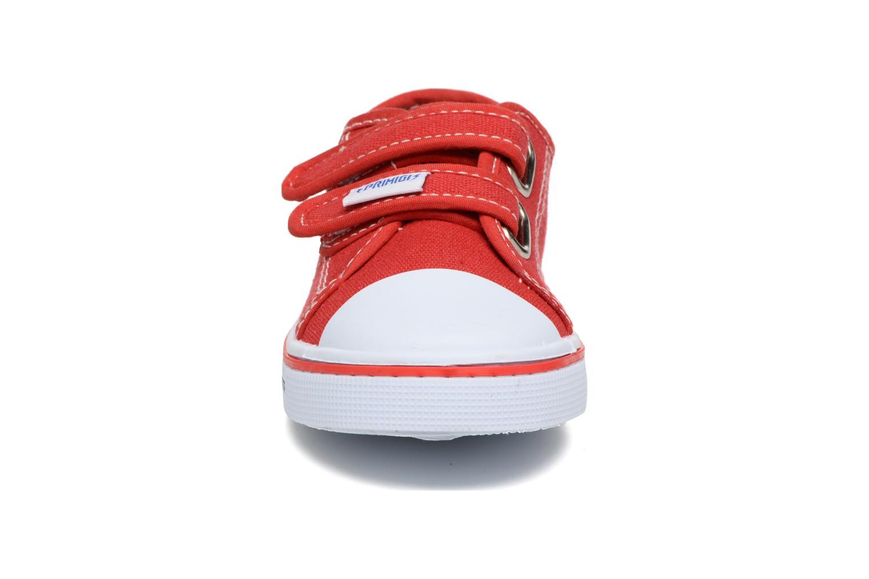 Baskets Primigi Sergio Rouge vue portées chaussures