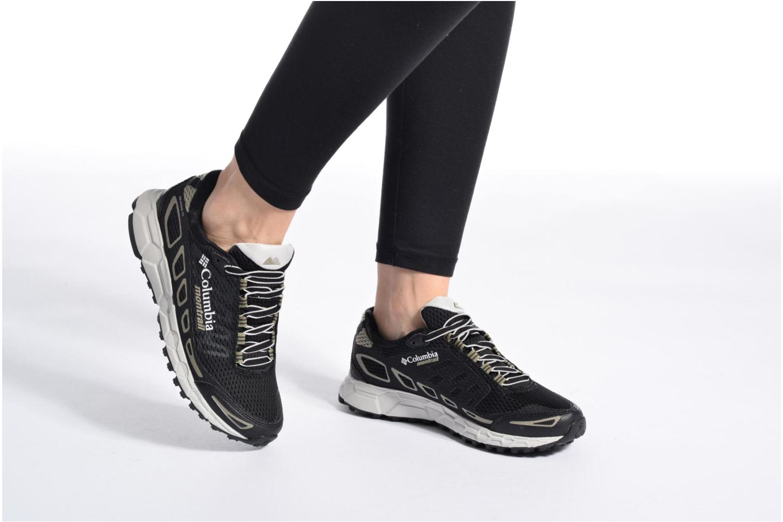 Chaussures de sport Columbia Bajada III W Noir vue bas / vue portée sac