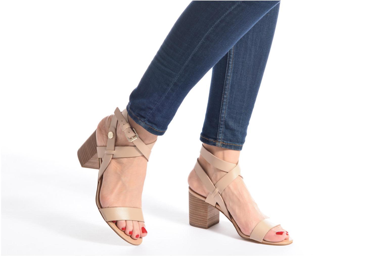 Sandales et nu-pieds Guess NAJYA Beige vue bas / vue portée sac