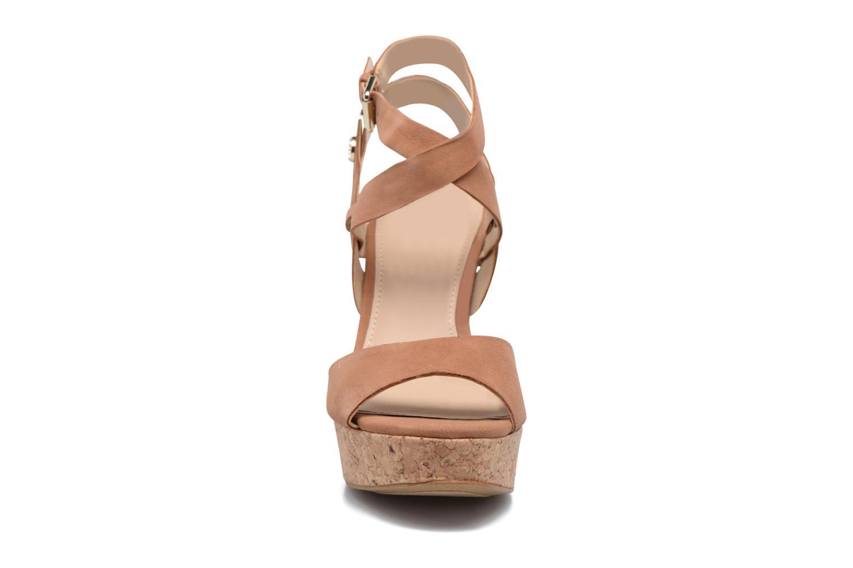Sandales et nu-pieds Guess HARANA Marron vue portées chaussures