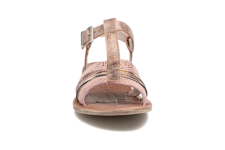 Sandales et nu-pieds Achile Kimitsu Rose vue portées chaussures