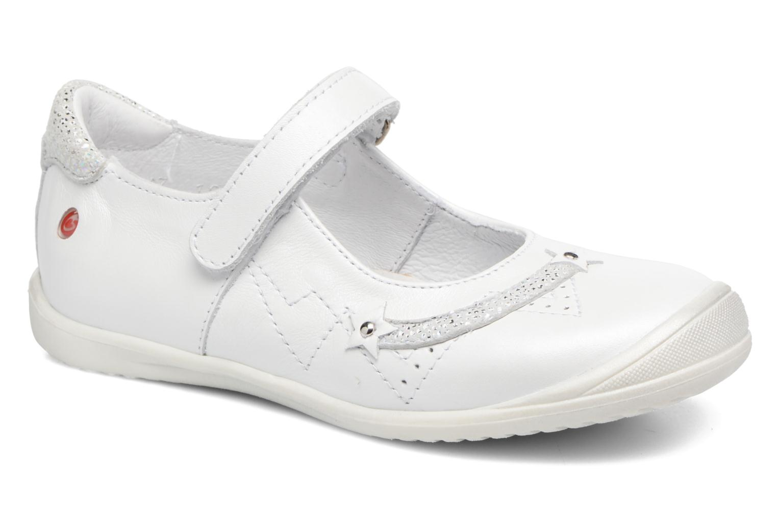 Ballet pumps GBB Poppy White detailed view/ Pair view