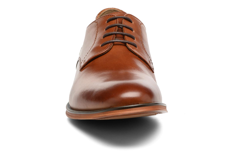 Chaussures à lacets Aldo RICMANN Marron vue portées chaussures