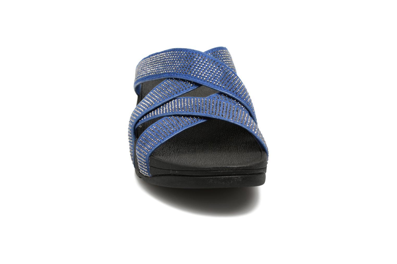 Mules et sabots FitFlop Slinky Rokkit Criss-Cross Slide Bleu vue portées chaussures