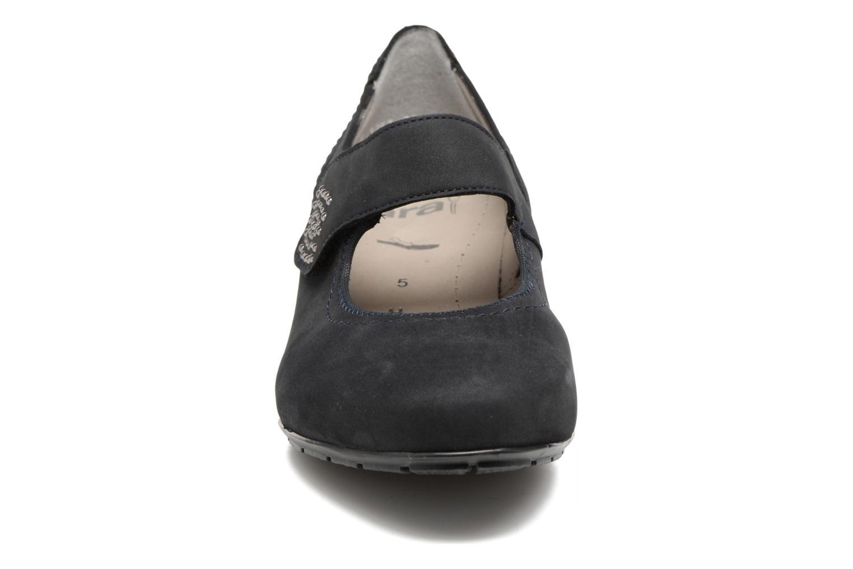 Escarpins Ara Nancy 47629 Bleu vue portées chaussures