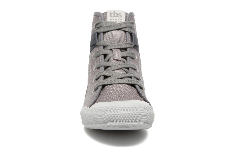 Baskets TBS Oliviah Gris vue portées chaussures
