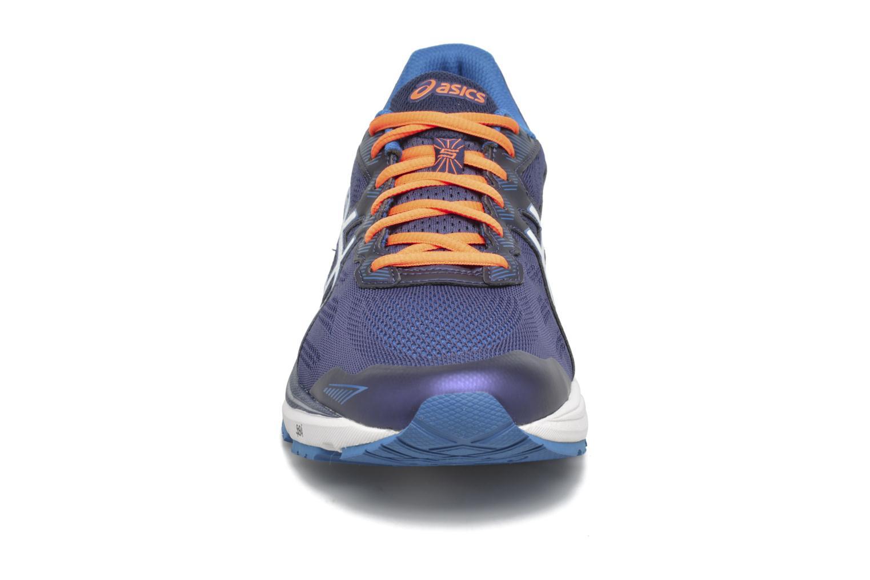 Chaussures de sport Asics GT-1000 5 Bleu vue portées chaussures