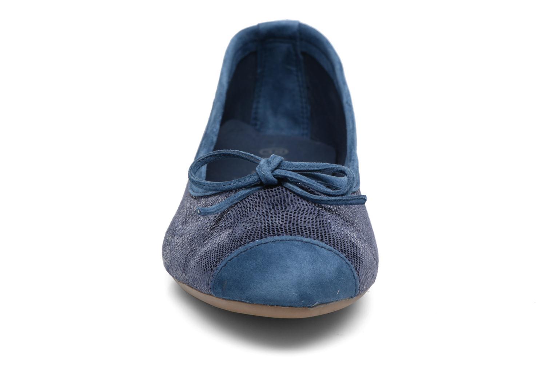Ballerines Coco et abricot Belline 4 Bleu vue portées chaussures