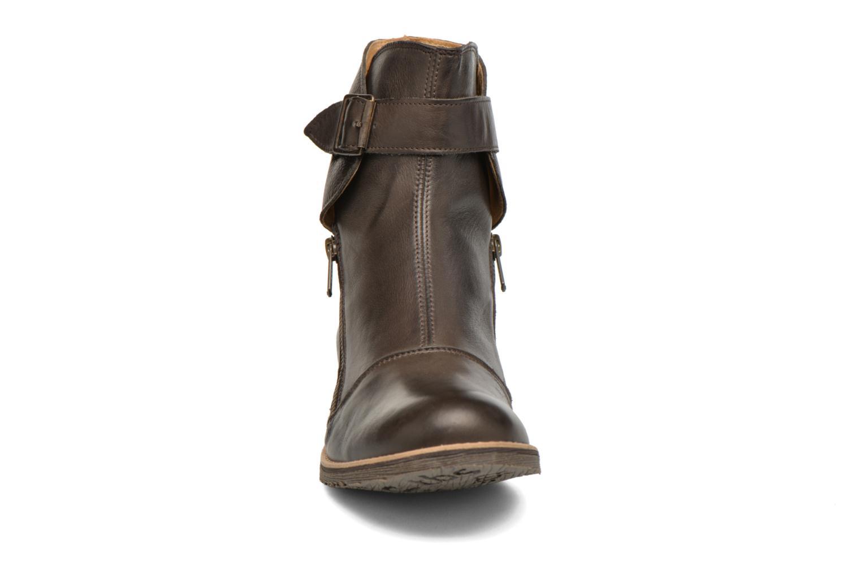Bottines et boots TBS Melani Marron vue portées chaussures