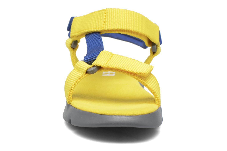 Sandalias Camper Mira E Amarillo vista del modelo
