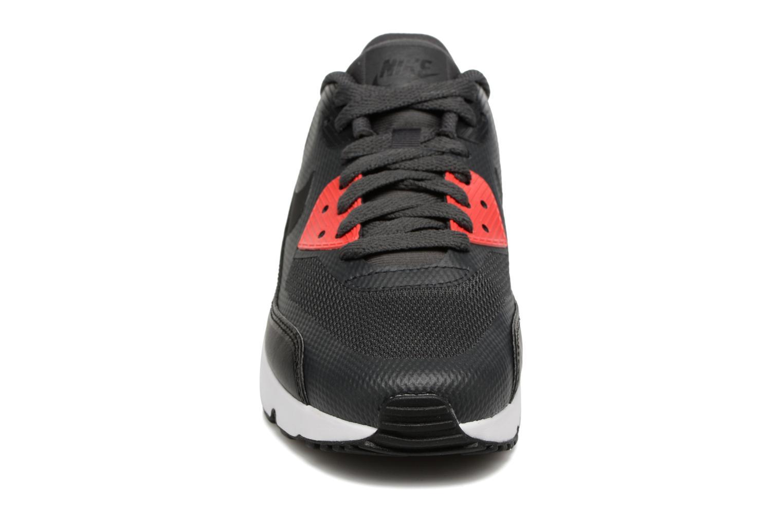 Baskets Nike Air Max 90 Ultra 2.0 (Gs) Gris vue portées chaussures