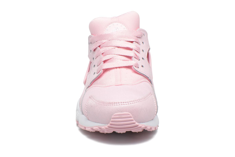 Baskets Nike Nike Huarache Run Se (Gs) Rose vue portées chaussures