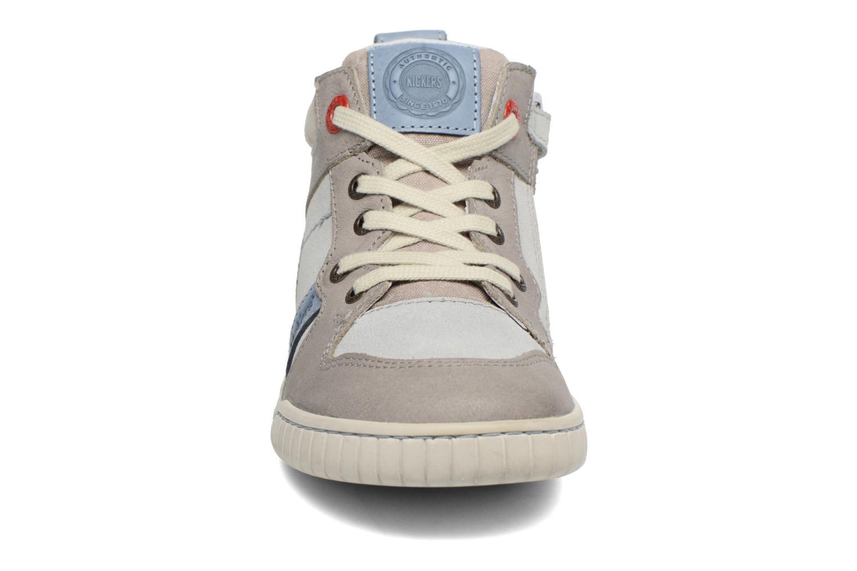 Baskets Kickers Winforce Gris vue portées chaussures