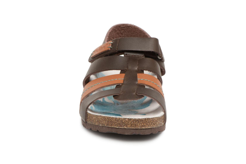 Sandalen Kickers Magiteam Bruin model