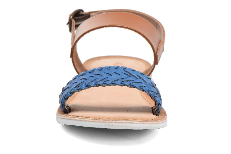 Sandales et nu-pieds Kickers Sporia Bleu vue portées chaussures