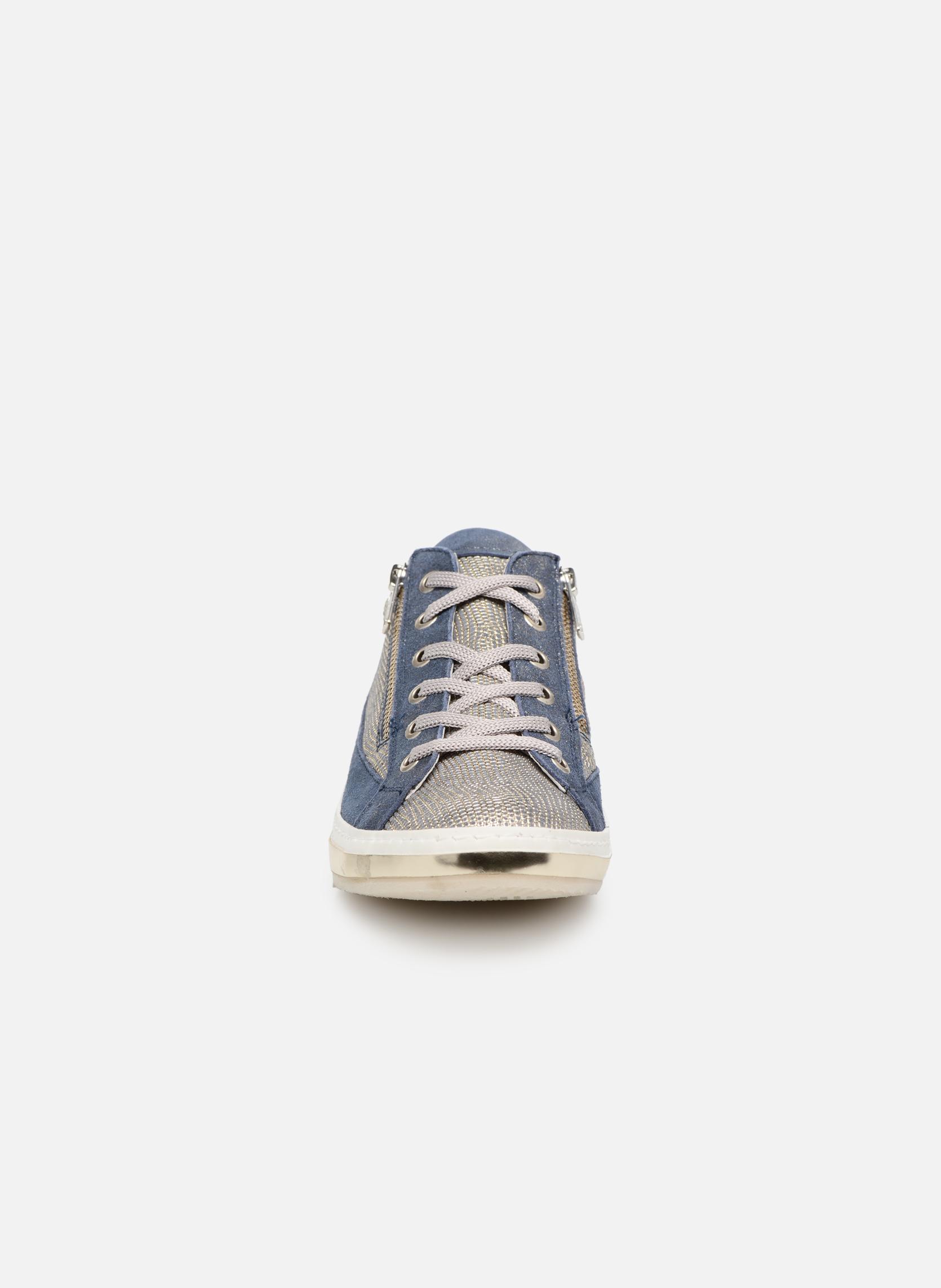 Sneaker Khrio Giulia blau schuhe getragen