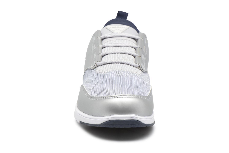 Baskets Lacoste L.Ight R 217 3 Gris vue portées chaussures
