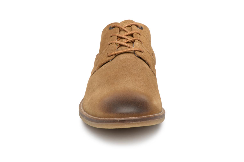 Schnürschuhe Kickers Bachalcis beige schuhe getragen