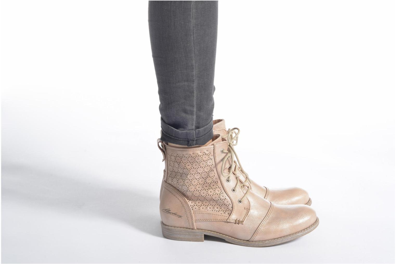 Bottines et boots Mustang shoes Chiara Gris vue bas / vue portée sac