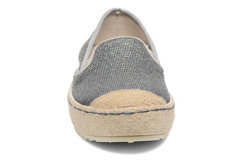Scarpe di corda Mustang shoes Silke Grigio modello indossato