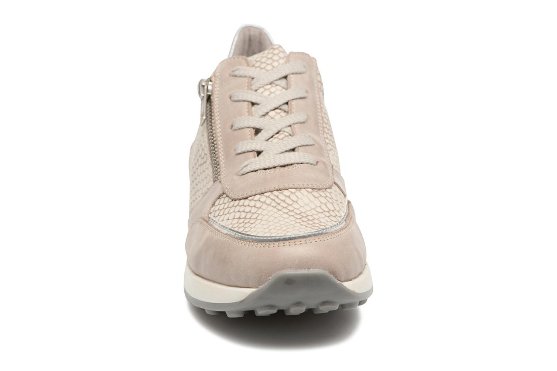 Baskets Remonte Vica D1800 Beige vue portées chaussures