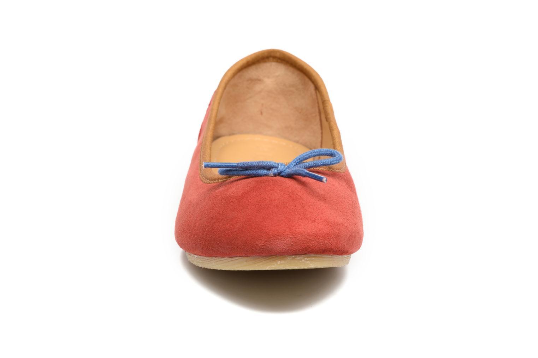 Ballerinas Kickers Baie rot schuhe getragen