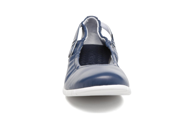 Ballerinas Kickers Belina blau schuhe getragen