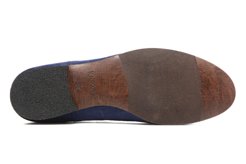 Boots Kickers Gazette Blå bild från ovan