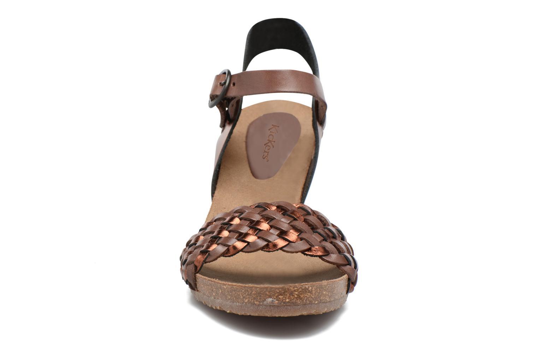 Sandales et nu-pieds Kickers Splendid Marron vue portées chaussures