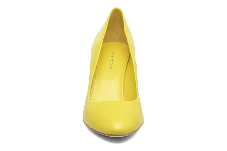 Escarpins COSMOPARIS Ajimi/Sol Jaune vue portées chaussures