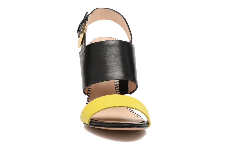 Sandales et nu-pieds COSMOPARIS Jaka/Nub Noir vue portées chaussures