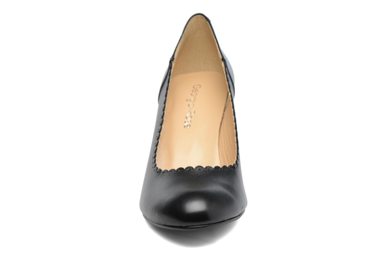 Zapatos de tacón Georgia Rose Saston Negro vista del modelo