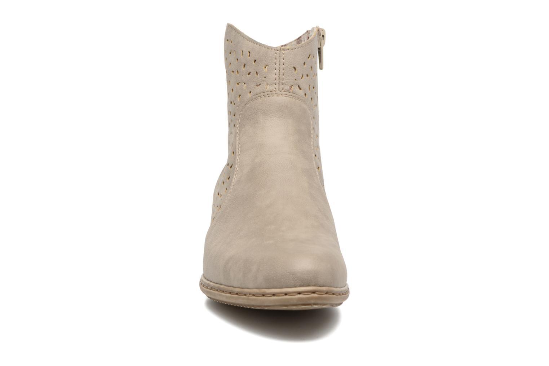 Bottines et boots Rieker Dale 0766 Beige vue portées chaussures