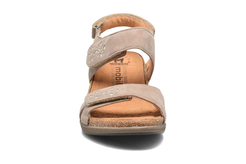 Sandales et nu-pieds Mephisto Willow Gris vue portées chaussures