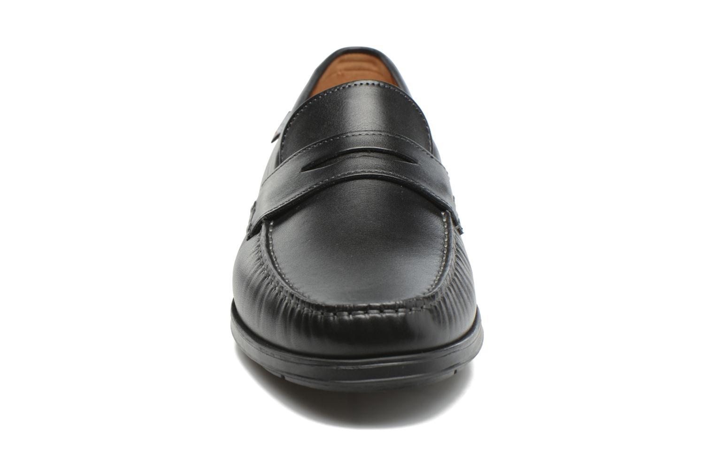 Mocassins Mephisto Howard Noir vue portées chaussures