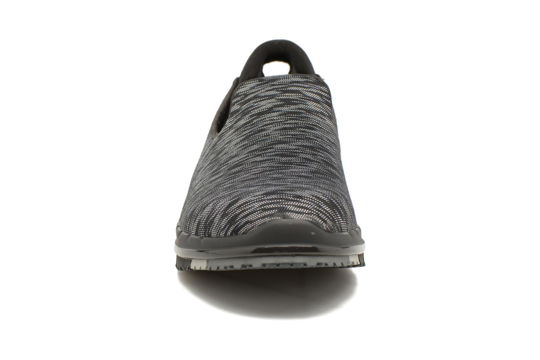 Scarpe sportive Skechers GO Flex Agility Nero modello indossato