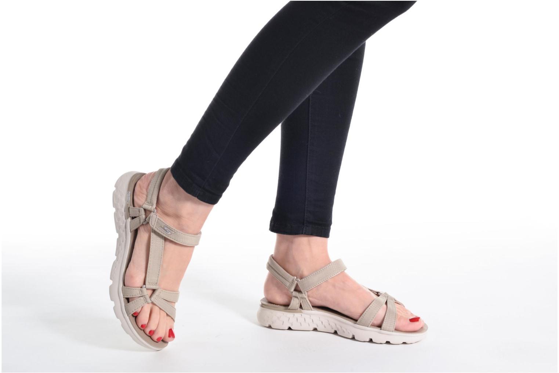 Sandaler Skechers on-the-GO 400 W Beige se forneden