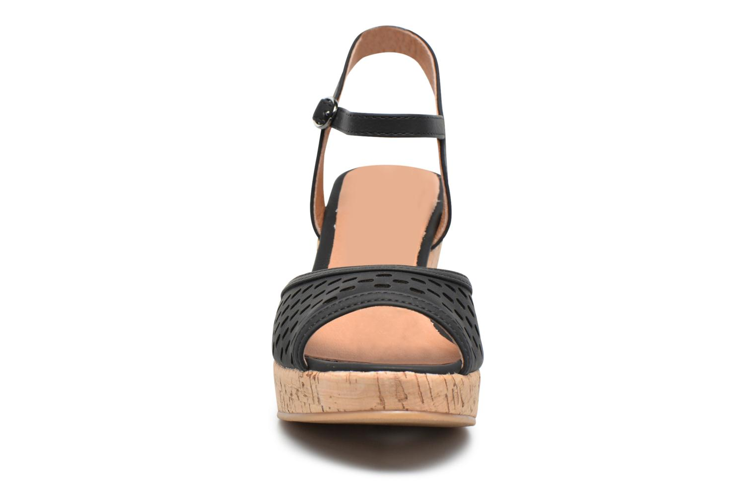 Sandals Les P'tites Bombes Etoile Black model view