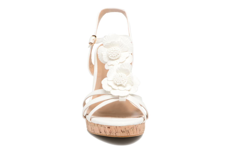 Sandalen Molly Bracken Nana weiß schuhe getragen