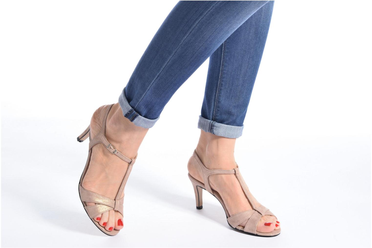 Sandals Georgia Rose Satine Beige view from underneath / model view