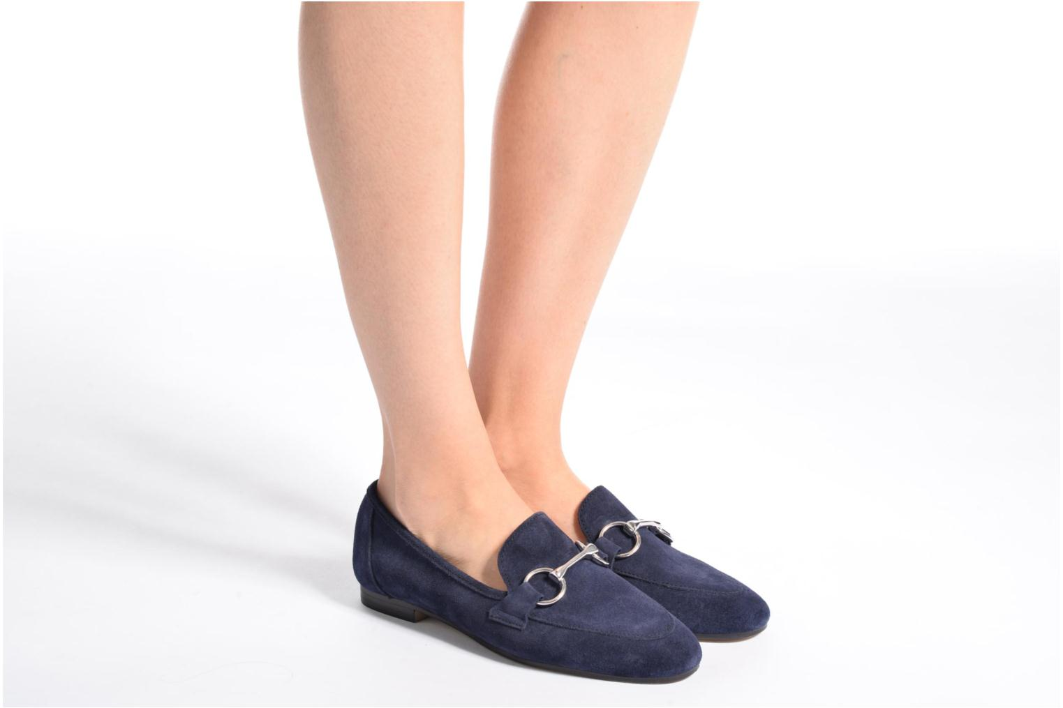 Loafers Esprit Mia Loafer Beige view from underneath / model view