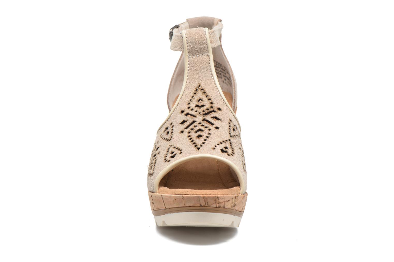 Sandales et nu-pieds Minnetonka Ellis Gris vue portées chaussures