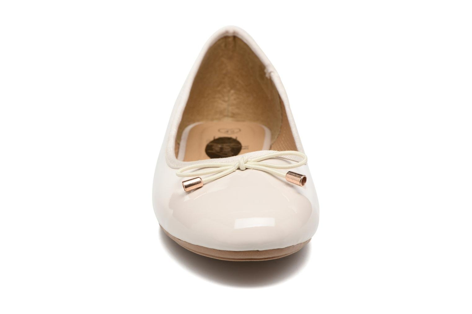 Bailarinas I Love Shoes THAVE Size + Beige vista del modelo