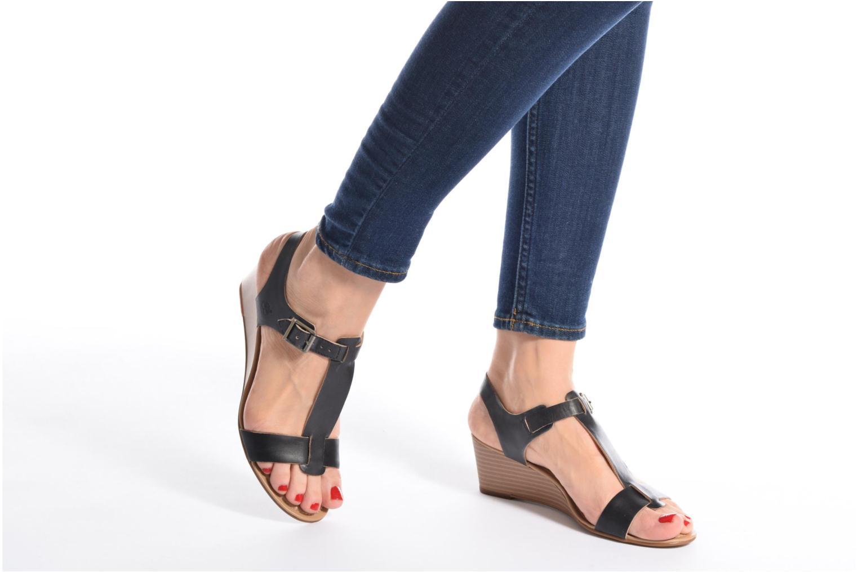 Sandalen Timberland Sibbern T-Strap Sandal schwarz ansicht von unten / tasche getragen
